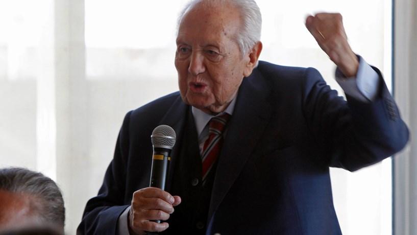 """Eduardo Barroso diz que Mário Soares """"não está consciente"""""""