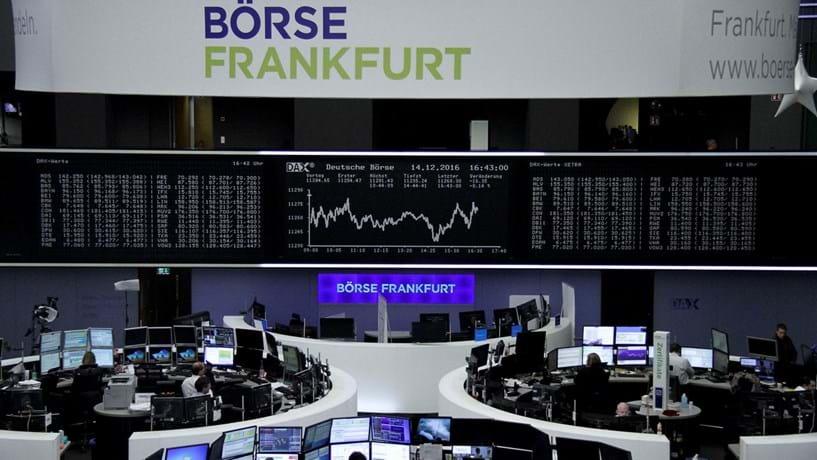 Bruxelas coloca objecções à fusão da Deutsche Borse com a LSE