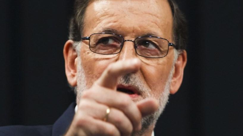 Bruxelas não acredita em défice espanhol para 2017 e pede mais ajustamentos