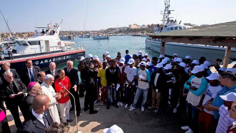 A sua primeira viagem oficial foi à ilha de Lampedusa, em Itália, onde esteve rodeado de migrantes. A popularidade do Papa fez crescer de forma exponencial o número  de peregrinos em Roma. Em Maio de 2017, Francisco virá a Fátima para celebrar o centenário das Aparições.