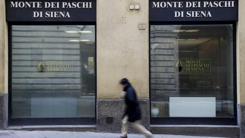 Bruxelas congratula-se com resgate do Estado italiano à banca