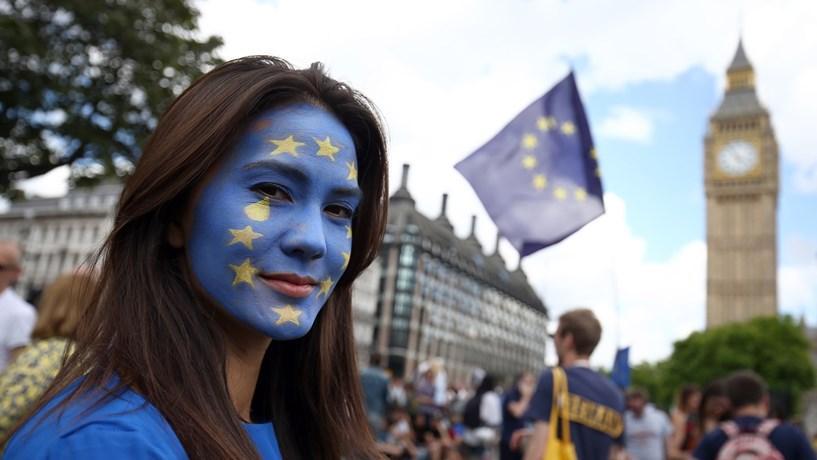 Regulador alemão convida bancos a Frankfurt para encontro sobre Brexit