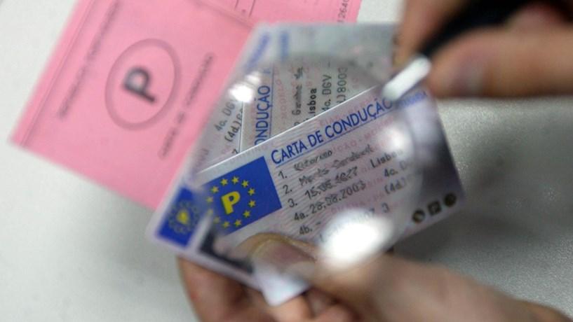 A partir de Janeiro já pode pedir carta de condução online