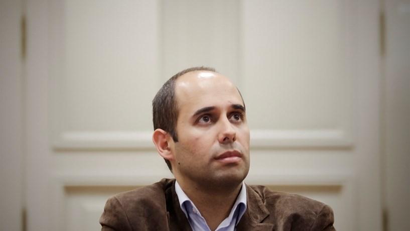 BE destaca convergências recentes com Mário Soares, PCP não esconde divergências