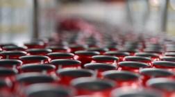 Coca-Cola e Red Bull com agravamento de imposto. Sumol e Lipton ice tea com descida