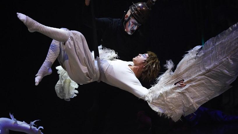 Onde ir no fim-de-semana? Seja um Rei com Cirque du Soleil ou Bowie