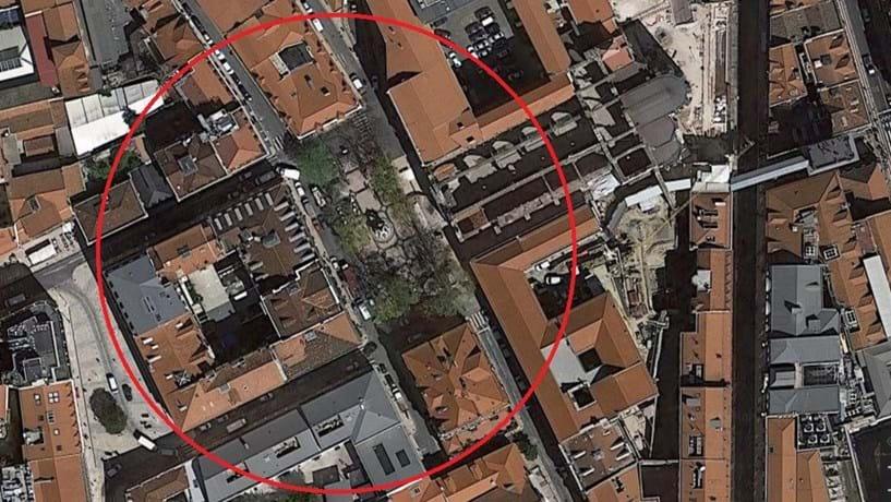 Trânsito reaberto no Largo do Carmo, em Lisboa, após ameaça de bomba