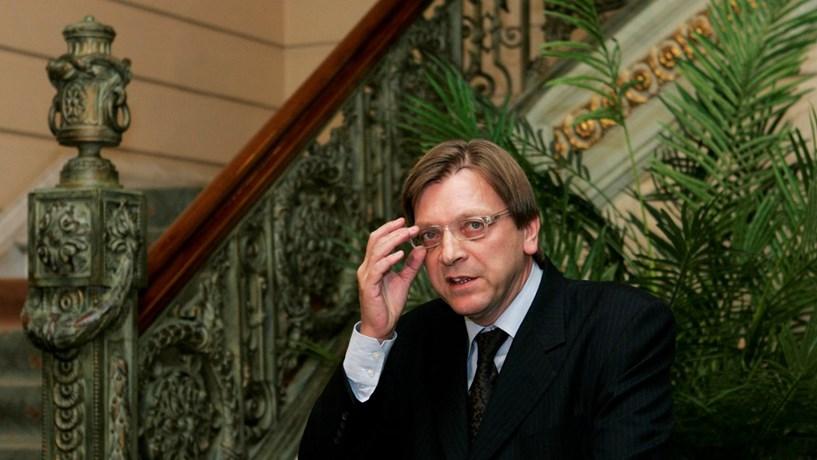 Verhofstadtanuncia candidatura à presidência do Parlamento Europeu