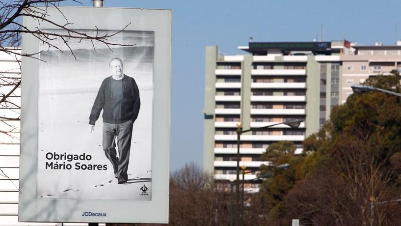 Todos os cidadãos podem homenagear Mário Soares
