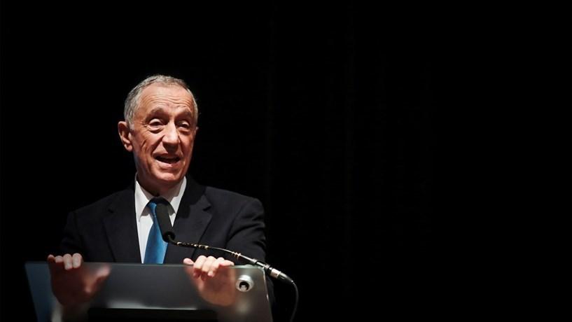 """Marcelo diz que democracia """"não é dado adquirido"""" e pede atenção aos """"novos desafios"""""""