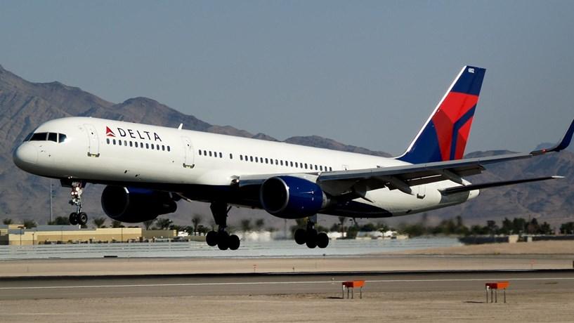 Delta liga Lisboa a Nova Iorque com vinho português a bordo
