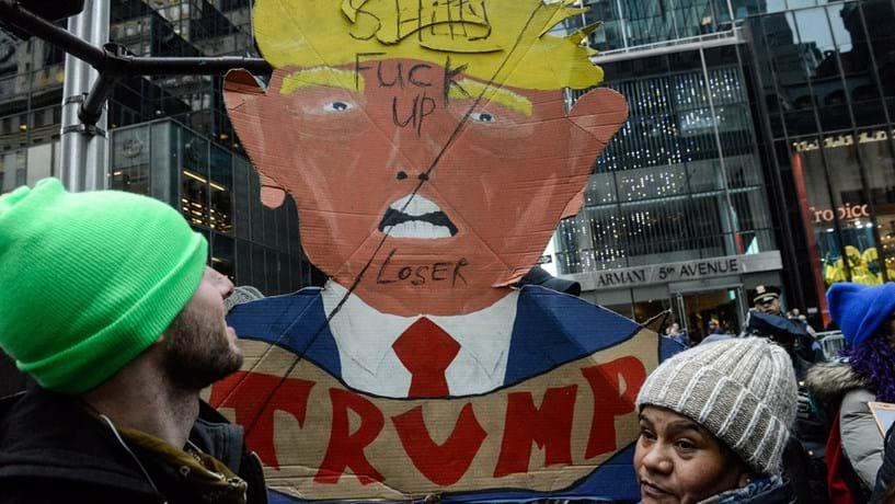 Manifestações de protesto contra Trump com pouca participação na Europa