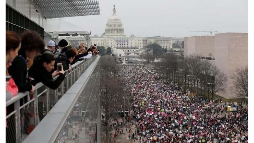 Presidente norte-americano usa Twitter para criticar protestos