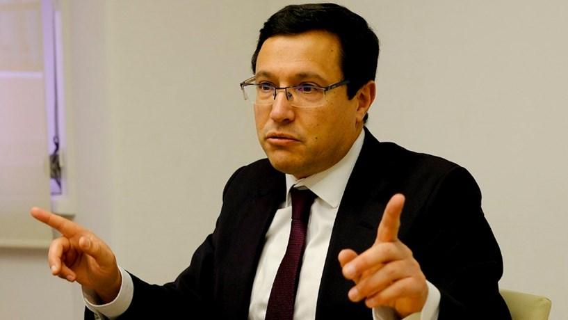 """Óscar Gaspar: """"Valia a pena aumentar limitações na passagem do público para o privado"""""""