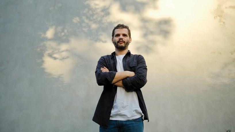 Bernardo Afonso: Há pessoas que cedem aos 23 anos e isso deixa-me triste