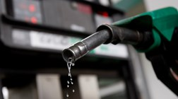 Combustíveis voltam a descer na próxima semana