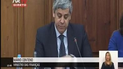 """Centeno diz que economia está """"mais sólida"""", PSD diz que previsões falharam"""