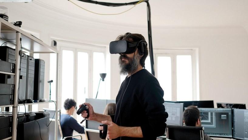 Arquitectos virtuais visitam projectos à distância