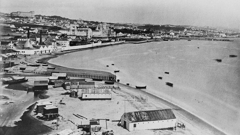 Panorâmica da Enseada de Belém, tirada a partir da Torre de São Vicente /Belém (1881).