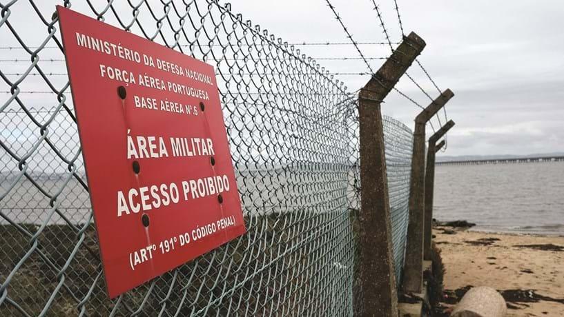 Pista da base do Montijo insuficiente para descolagem de aviões grandes