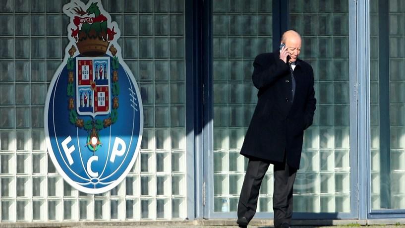 Pinto da Costa gasta mais de 5000 euros para comprar acções do Porto