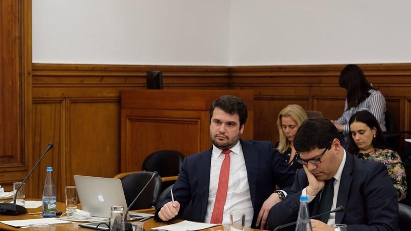 """Inquérito à CGD: PS lamenta novo """"incidente"""" provocado pela demissão de Matos Correia"""