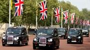 Fabricante dos táxis típicos de Londres abre fábrica de táxis eléctricos