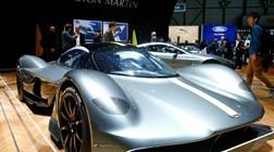 77 milhões em carros no vídeo de aniversário da Aston Martin
