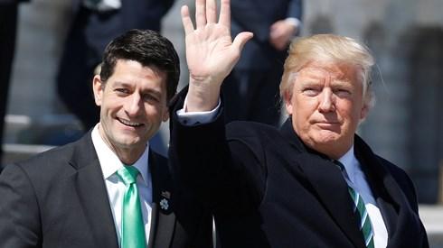 Trump reconhece fracasso e retira Trumpcare do Congresso