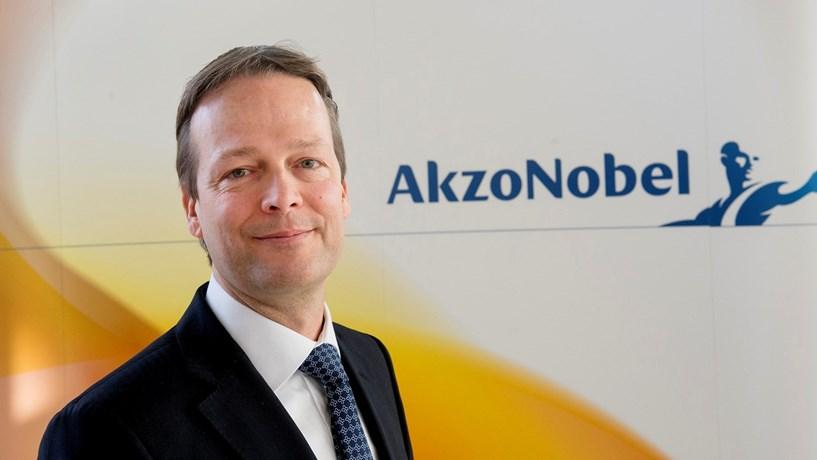 Akzo Nobel rejeita oferta de compra de 21 mil milhões de euros da PPG
