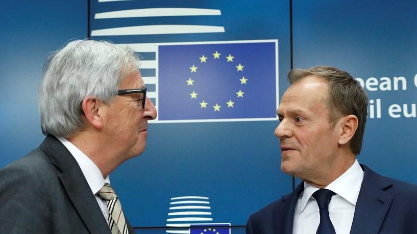 """UE """"unida"""" promete resposta em 48 horas à oficialização do Brexit"""