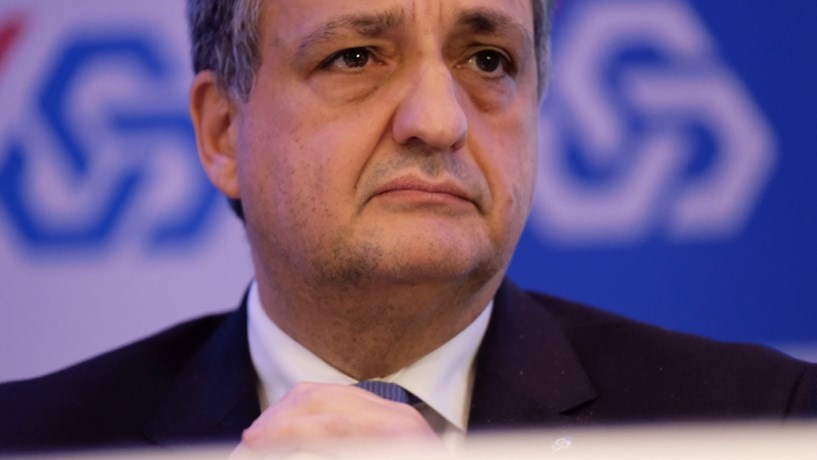 """Paulo Macedo: """"É bastante importante a estabilidade dos órgãos de supervisão"""""""