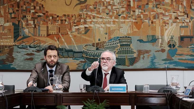 Governo revoga restrições da troika às portarias que sobem salários