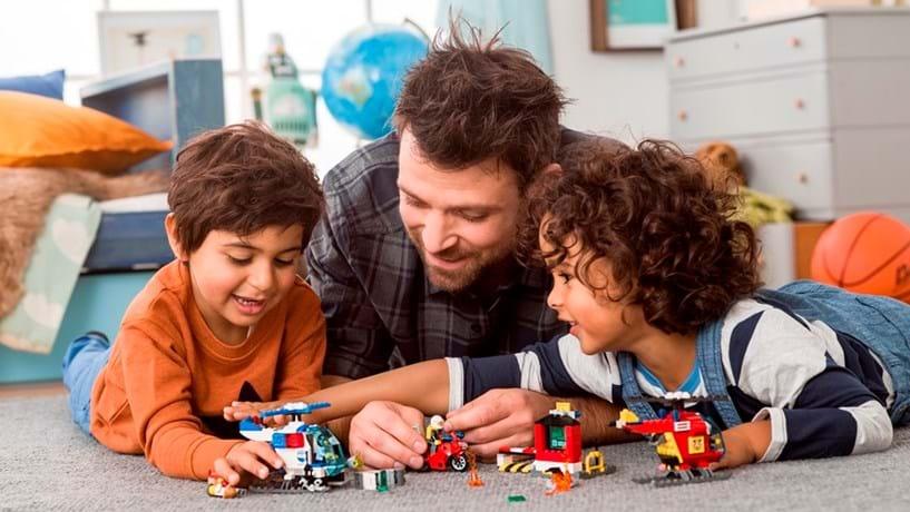 Lego alcança receitas recorde