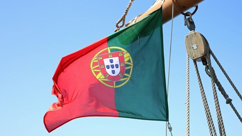 Prémio de risco de Portugal desce para mínimos de Agosto