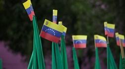 Venezuela: Pelo menos três mortos e 12 feridos em manifestações pró e contra Governo
