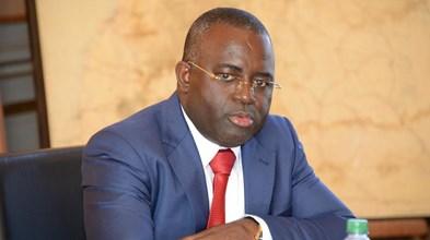 Bancos angolanos precisam de levar 'compliance' a sério