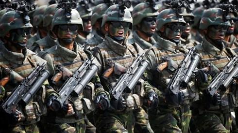 Coreia do Norte avisa que novo míssil tem capacidade para transportar ogiva nuclear