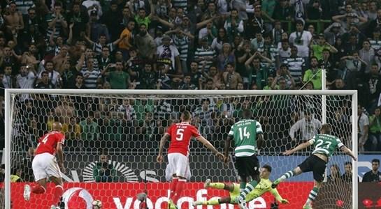 Benfica empata em Alvalade e continua líder