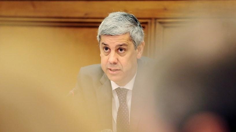 Défice e banca baixam juros de Portugal