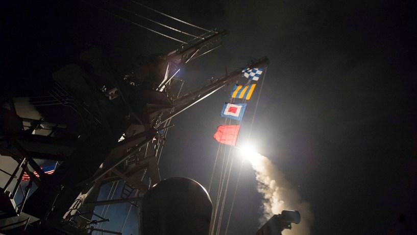 Rússia veta condenação de ataque químico na Síria. Hollande e Boris Johnson criticam decisão