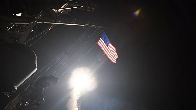 """Rússia e Irão avisam EUA sobre a Síria: """"A partir de agora responderemos com força"""""""