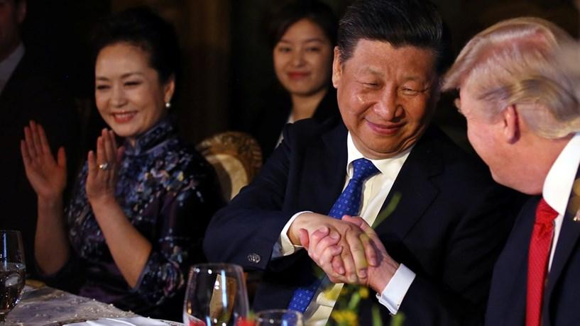 """Presidente chinês apela a Trump para """"diálogo"""" sobre Coreia do Norte"""