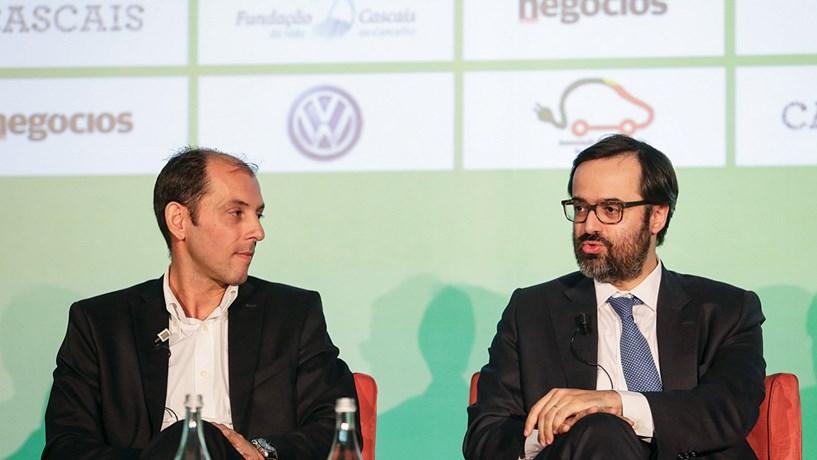 Carros eléctricos vão ser mais baratos e com maior autonomia
