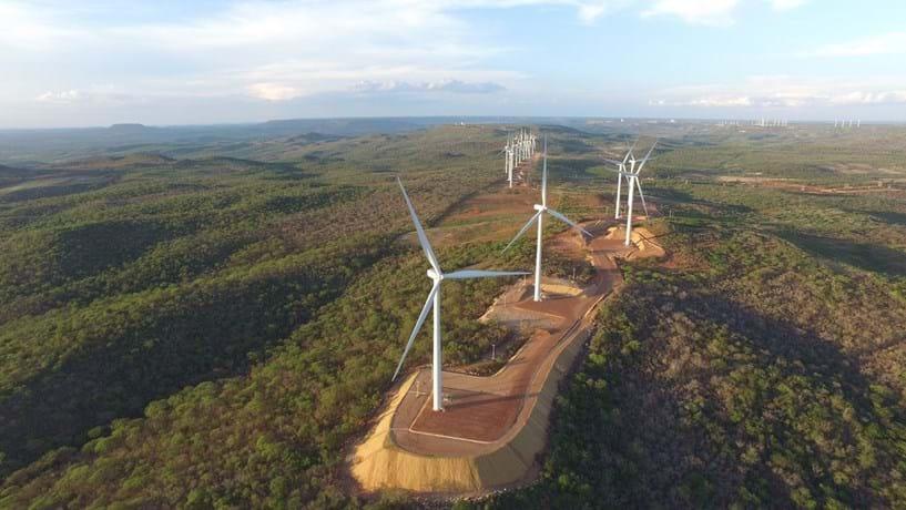 No sertão brasileiro, há uma fortuna no vento