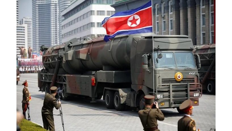 Seul e Washington realizam ensaios de mísseis após lançamento norte-coreano