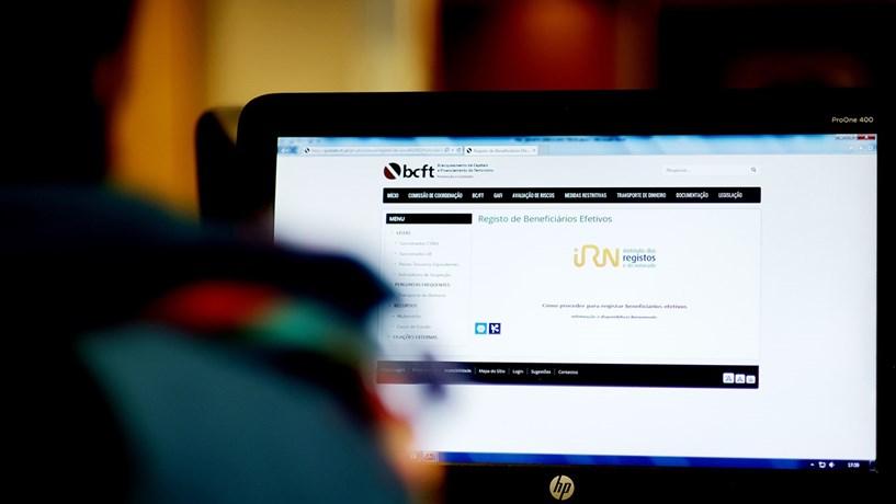 Base de dados sobre titulares dos negócios será parcialmente pública