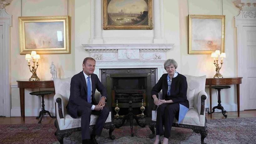 Londres garante que eleições antecipadas não afectam calendário do Brexit