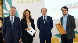 Jornalistas do Negócios premiados por trabalho sobre diferenças salariais nas cotadas