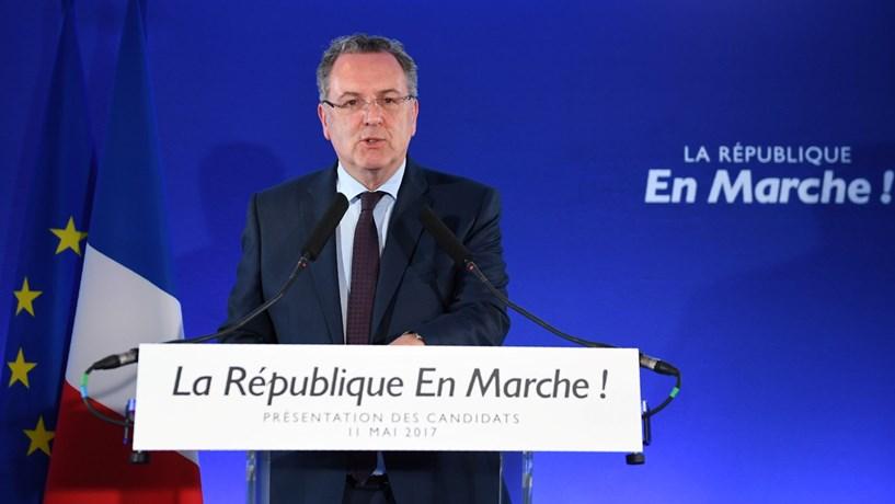 Partido de Macron exclui Valls da lista de candidatos às legislativas